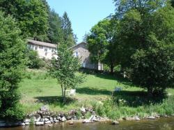 La rivière Lignon et le gîte