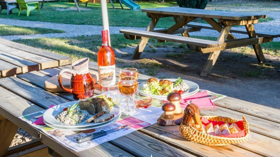 Le diner terroir avec les produits frais et locaux